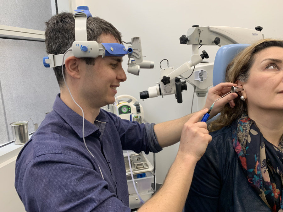 Audiologist in Melbourne Audiology Clinic